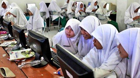 ColegioIndonesiaAgo22