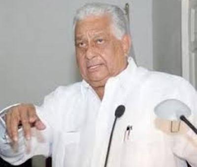 Euclides Gutiérrez critica que grupos se hayan manifestado frente al Congreso en reclamo de que se modifique la Constitución para permitir al presidente Danilo Medina la reelección