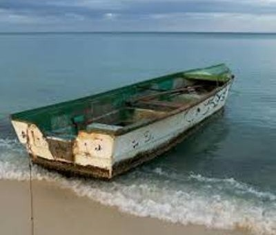 Una mujer murió y otras 20 personas se encuentran desaparecidas al zozobrar en la playa de Uvero Alto la embarcación en la que viajaban ilegalmente a Puerto Rico