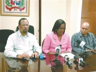 Dirigentes de la ADP se quejaron de la lentitud en el proceso de contratación de maestros
